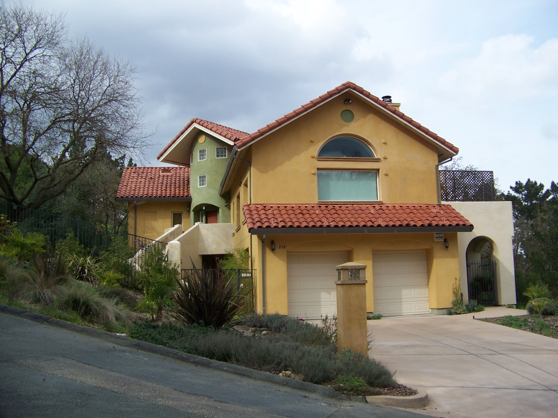 ECO-HOUSE-STREET-VIEW-WALNUT-CREEK-CALIFORNIA-1100x825.jpg