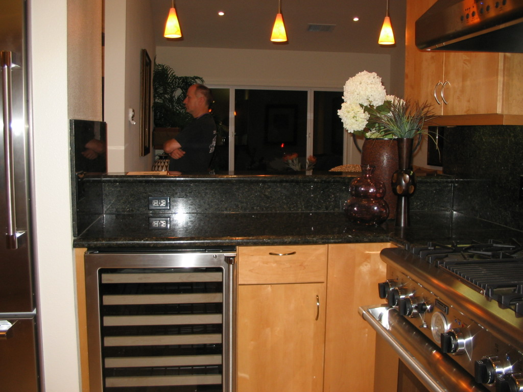 EL-SERENO-AVE-RESIDENCE-KITCHEN-LOS-ALTOS-CALIFORNIA.jpg