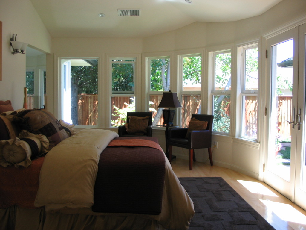 EL-SERENO-AVE-RESIDENCE-MASTER-BEDROOM-LOS-ALTOS-CALIFORNIA.jpg