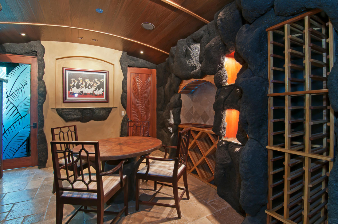 MAHI-PUA-CUSTOM-HOME-WINE-CELLAR-MAUI-HAWAII-1100x730.jpg