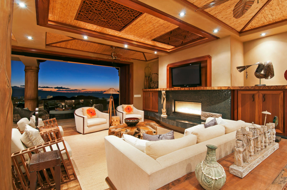 MAHI-PUA-CUSTOM-RESIDENCE-LIVING-ROOM-MAUI-HAWAII-1100x730.jpg